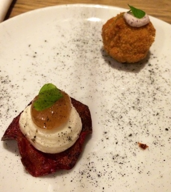 The mouthfulls: Beetroot crisp, goats cheese, pear jam & Brown crab bomb, lemon, dulse