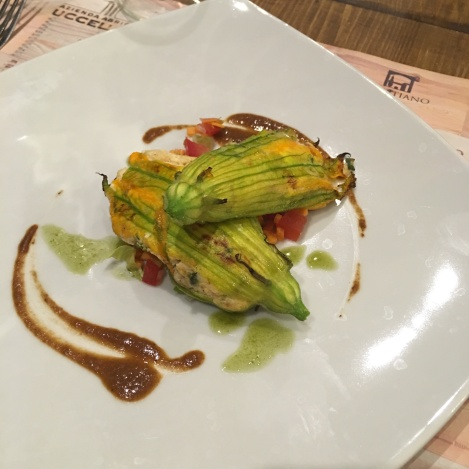 Zucchini flowers stuffed